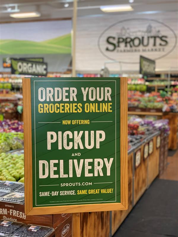Sprouts_online_grocery_pickup_and_delivery_sign.jpg