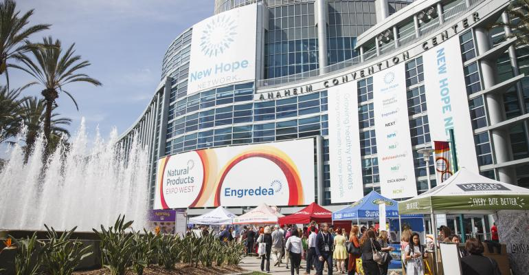 ExpoWest_Crowd