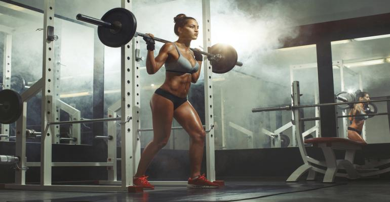 Sports nutrition female lifter