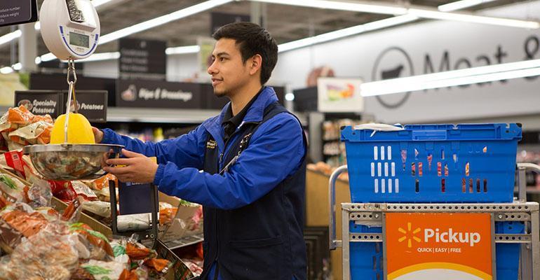 Walmart_personal_shopper_grocery_pickup_0.jpg