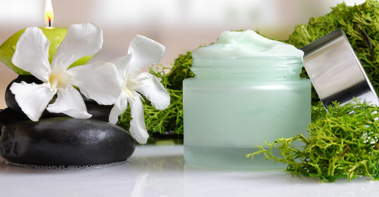 algae face cream sustainable cosmetics