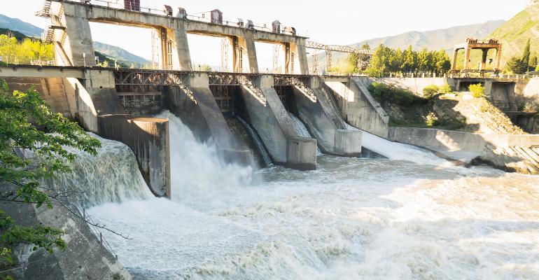 Hydroelectric dam in California