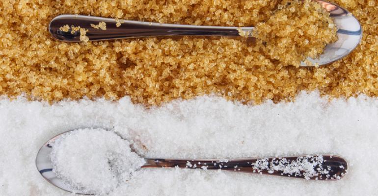 sugar and salt on spoon