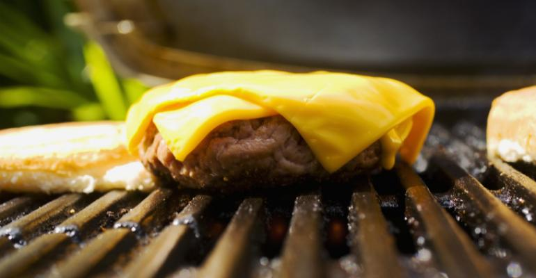 What does that hamburger really cost? Video takes a closer look