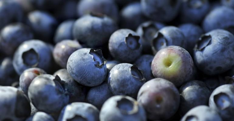 Some health benefits of berries may not get past the mouth
