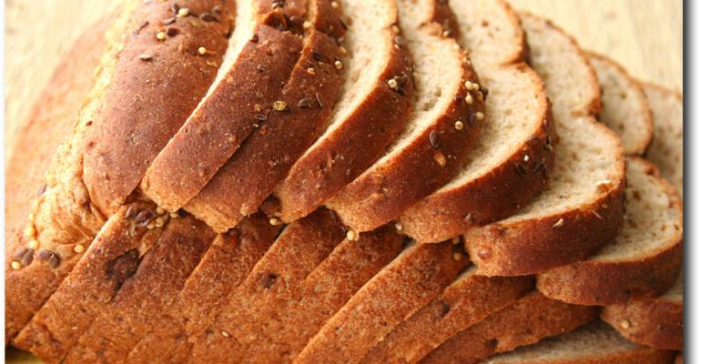Could non-gluten proteins play a role in celiac disease?