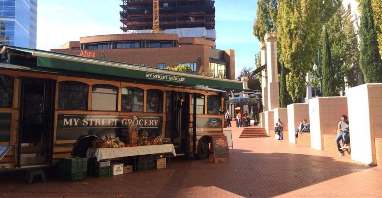 Whole Foods Market's mobile grocer My Street Grocery collaborates on food prescription program