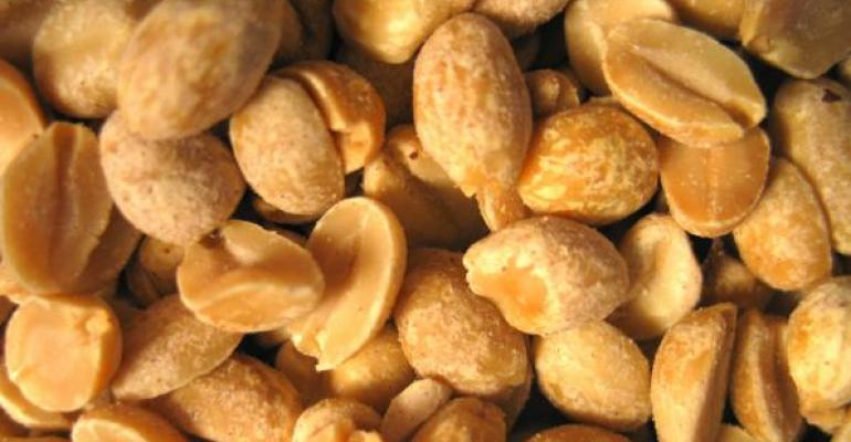 Adding peanuts to meals benefits vascular health