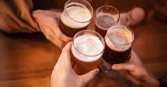 beer-drinking-cheers.jpg